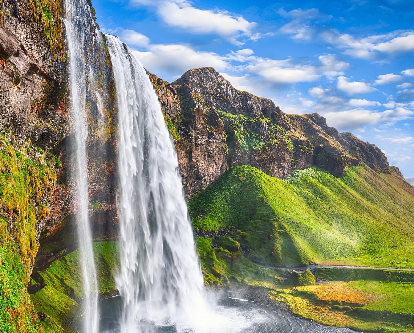 Fantastic Seljalandsfoss waterfall