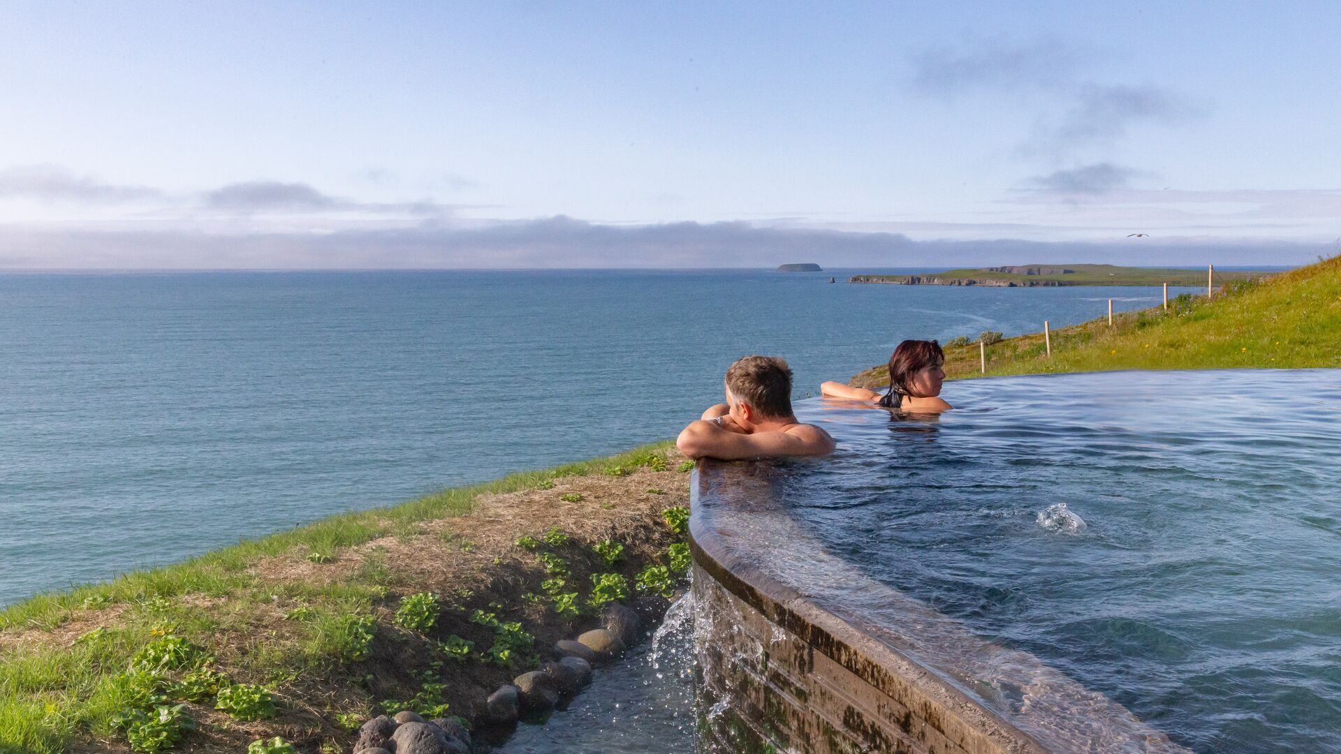 Iceland Hot Springs and Geothermal Pools – Your Guide