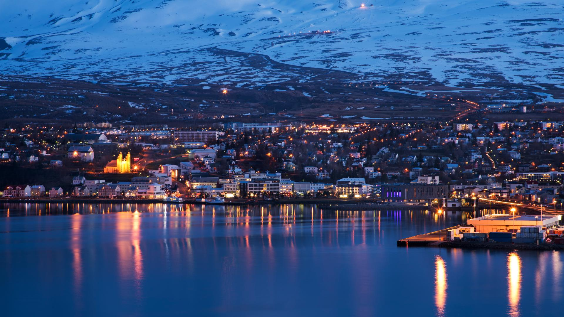 The northern town of Akureryi by winter.