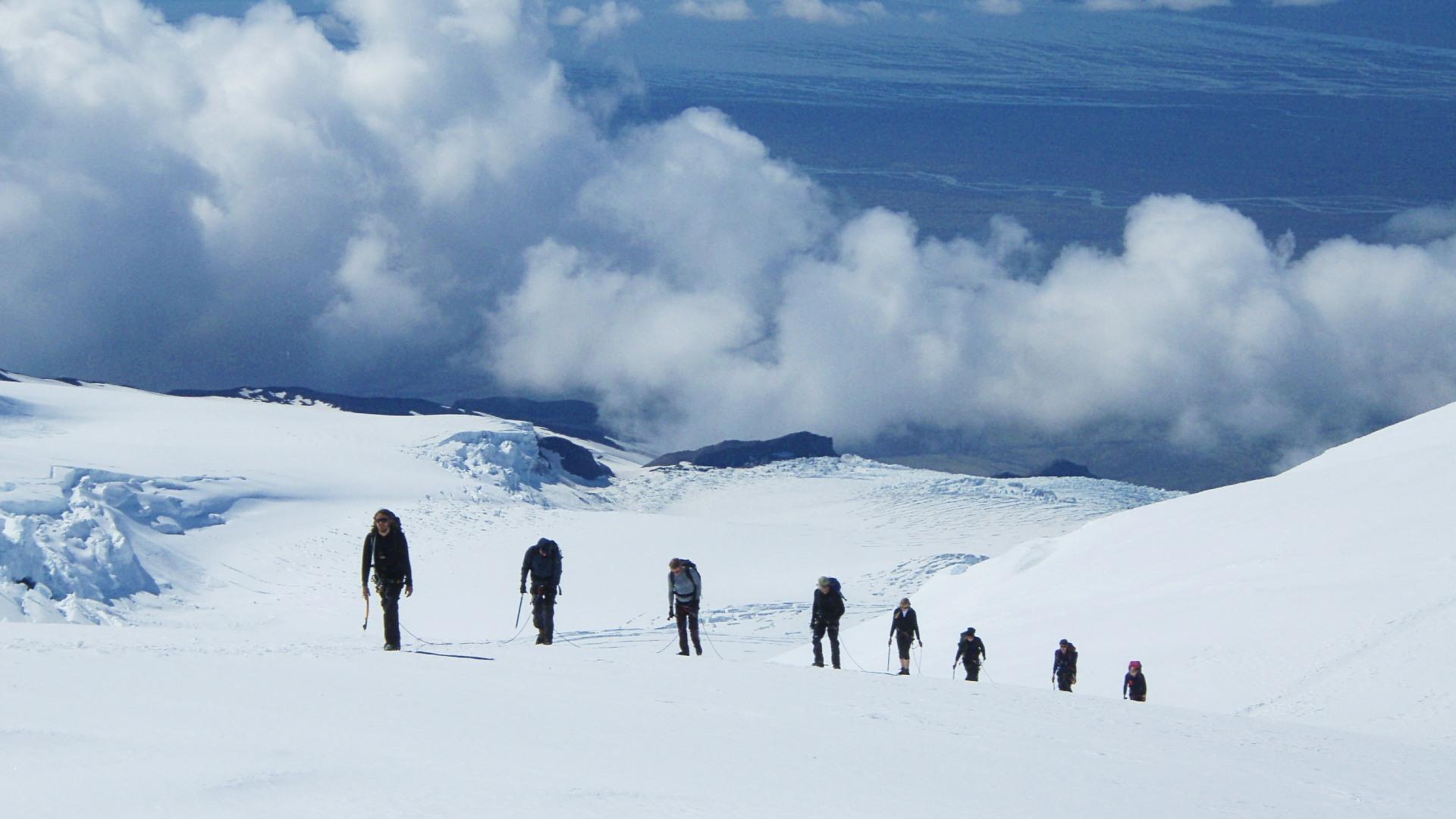 Hiking on the Vatnajökull glacier
